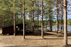 Rasteplassen-pa-Holsjoen-scaled