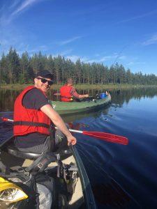 Fisking fra kano på Kynna, Finnskogen